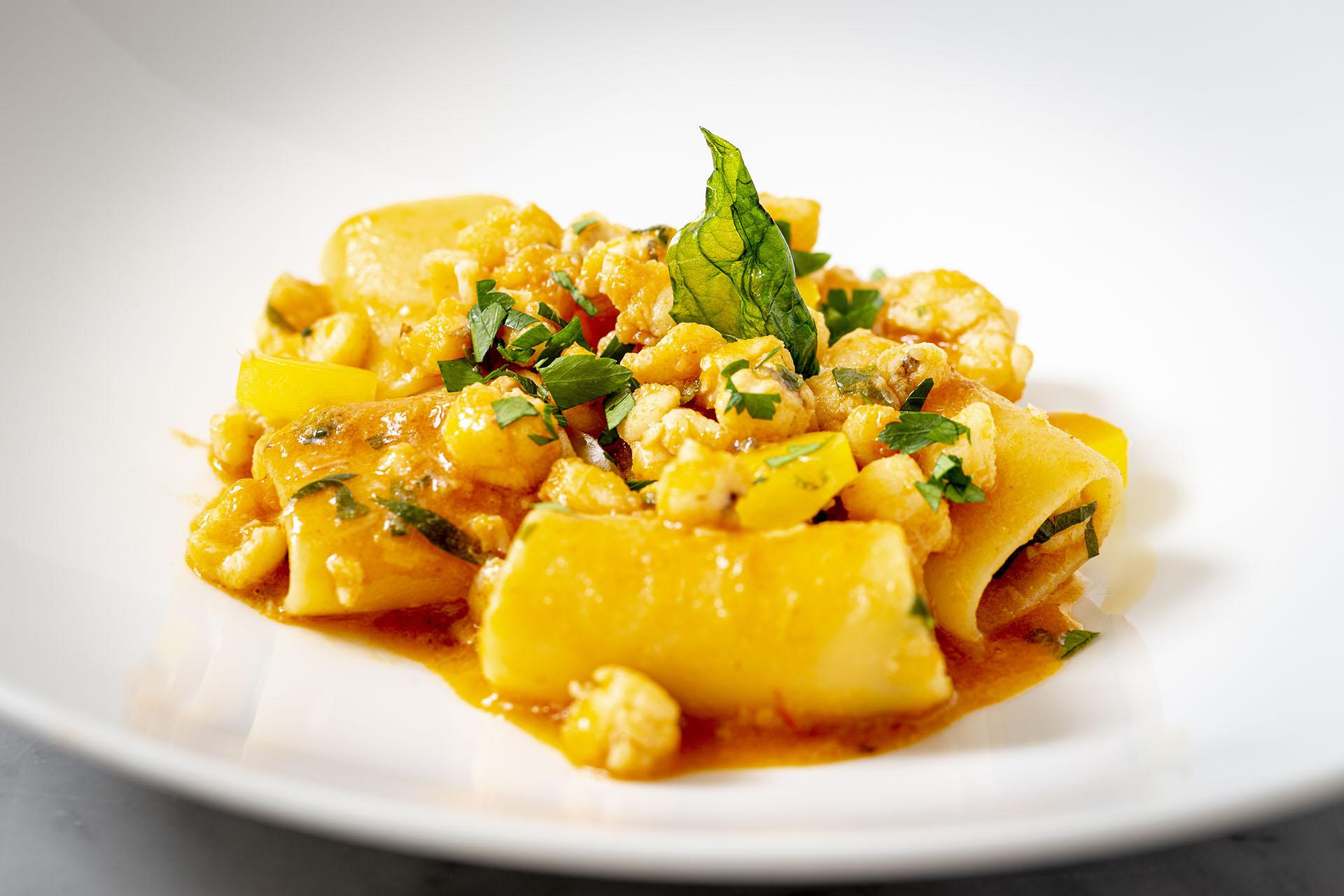 pacchero-rana-pescatrice-primo-pasta-pesce-piatto-ricetta-recipe-sugo-tuscania-dovevuoi