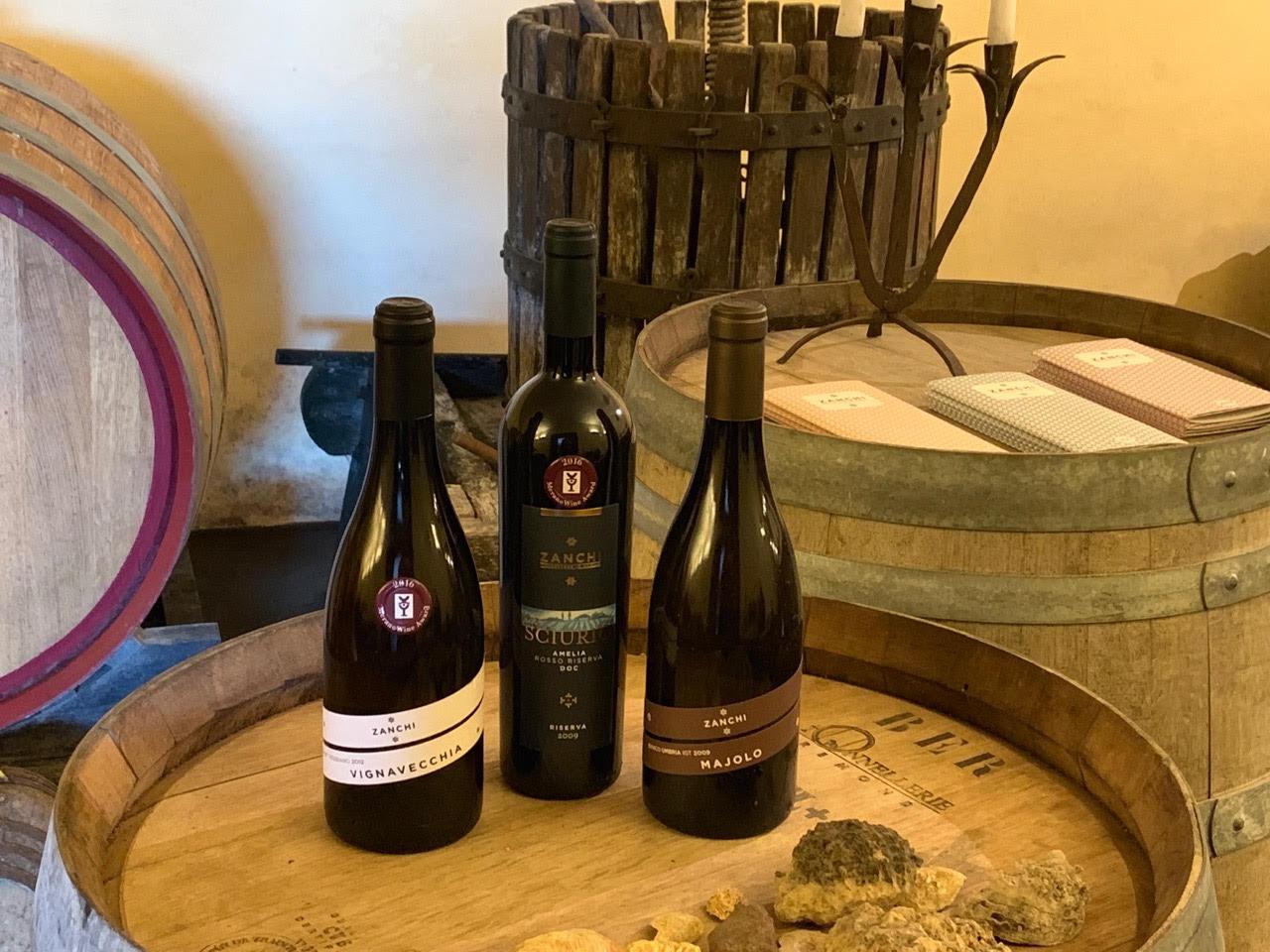 zanchi-bottiglia-vino-amelia-botti-wine