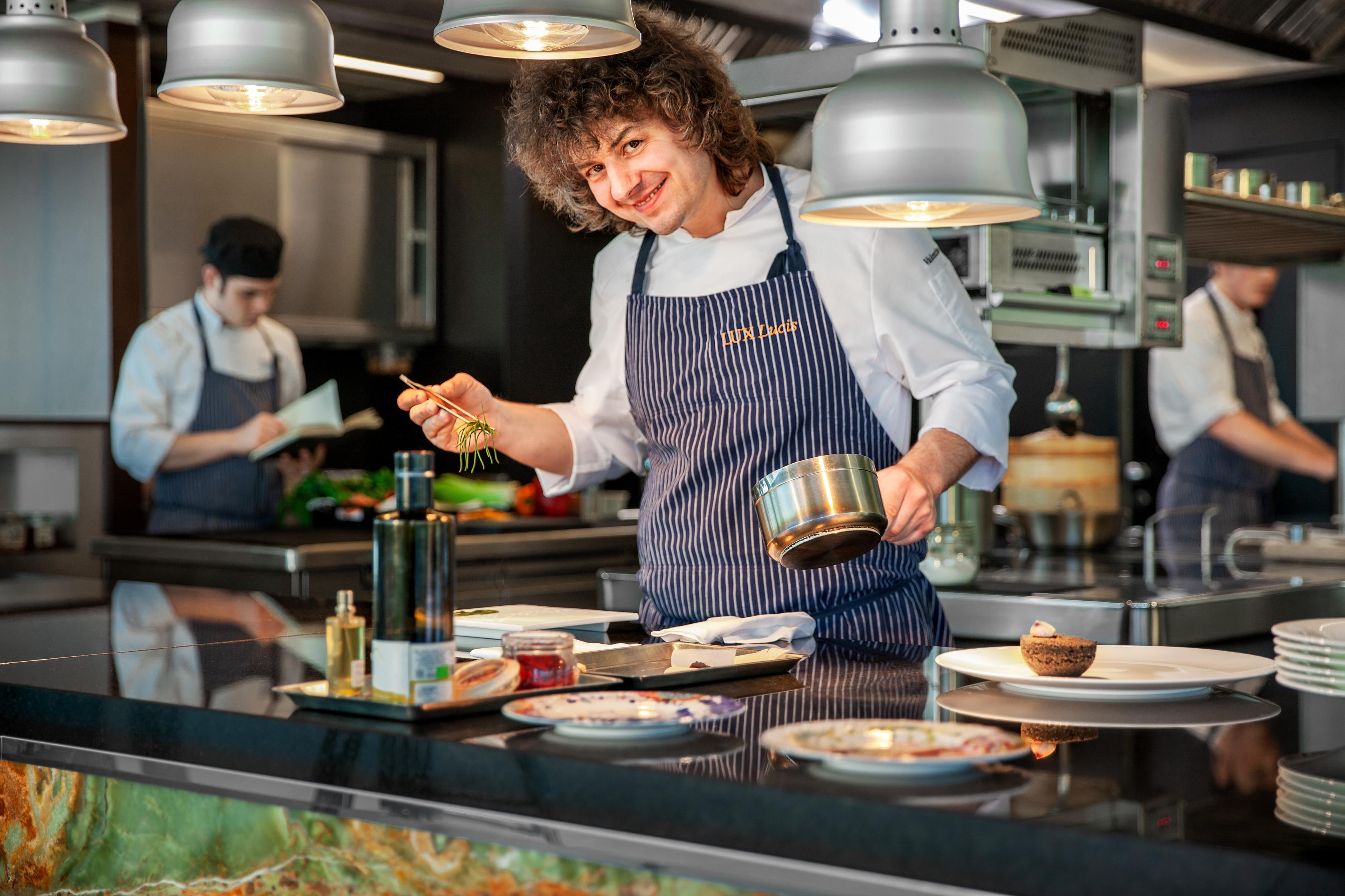 Valentino Cassanelli chef piatti plate impiattamento cucina