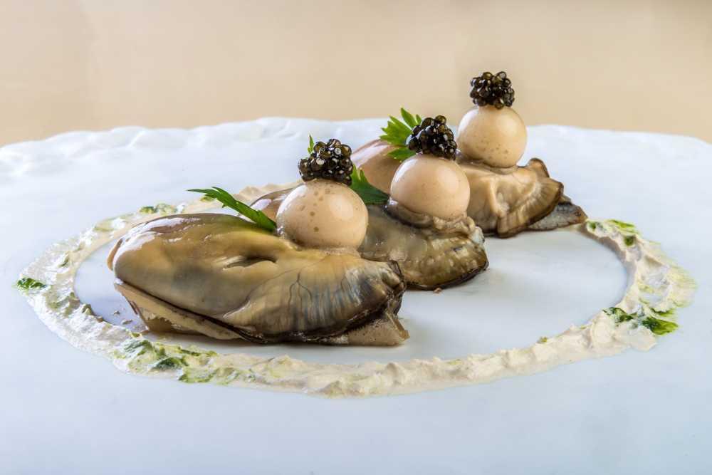 alici-ostriche-caviale-piatto-bartolini