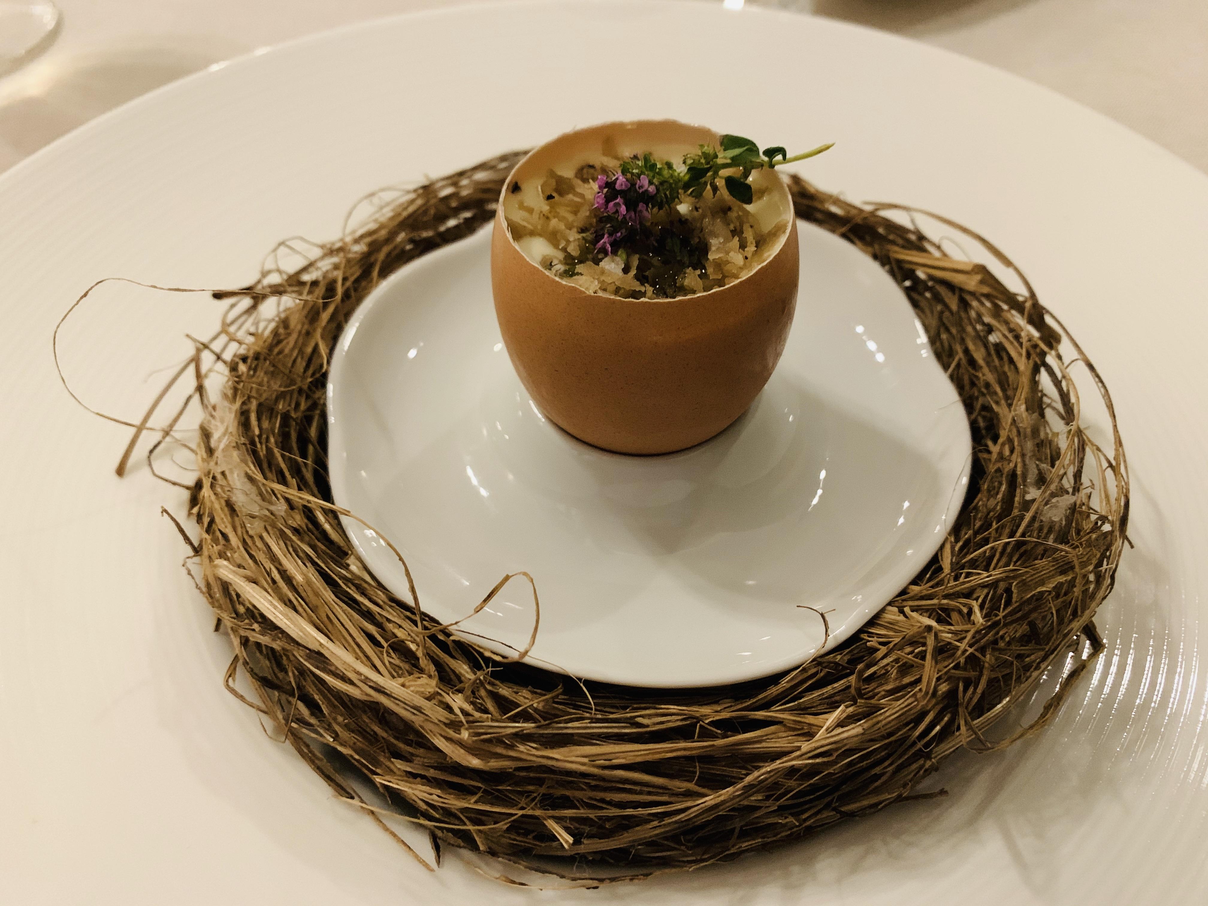 uovo-danilo-ciavattini-chef-ale-pepe-omaggio-nido